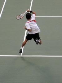 少し前になりますが、9月末にAIGオープンの公開練習に行き、生で錦織圭のエアー・ケイを観ちゃいました。この写真は私のベストショット。上手でしょ? テニス雑誌に投稿したいくらい(笑)