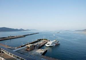 from 香川 - 9 - 瀬戸内国際芸術祭2010 高松港と豊島編世界が注目するアートと海を巡る百日間の冒険。