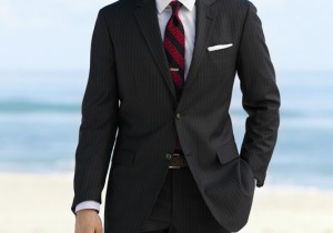 Brooks Brothers × magazineworld.jp ブルックス ブラザーズ スーツ・スペシャル 世界にさきがけて発表したレディメイドスーツ。オフィスルックの常識に。