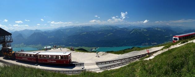 from ミュンヘン - 10 - 登山鉄道で楽チン旅、山頂から欧州随一のパノラマを眺める。