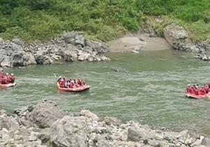 from 福岡 - 11 - 九州で夏を乗り切る。熊本県球磨川で急流ラフティング。