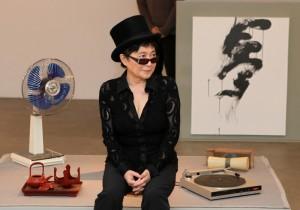 オノ・ヨーコ展『灯 あかり』小山登美夫ギャラリーにて開催中。