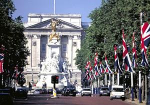 from ロンドン - 2 - 斎藤理子のロンドンオリンピック便りロンドンでは、名所旧跡も会場に。観戦と観光が同時に楽しめます。