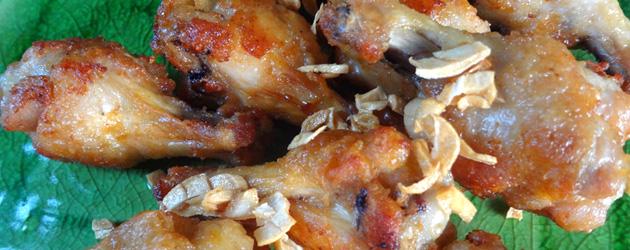 おうちでパパッとタイ料理 - 10 - ニンニクチップでタイ風。鳥の唐揚げ、ガイトート。