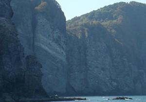 from 北海道(道央) - 60 - 海上から眺める「小樽海岸国定公園」。