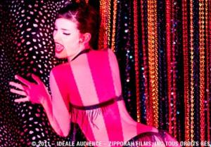 """『クレイジーホース・パリ 夜の宝石たち』6/30〜上映ワイズマン独自のスタイルで、女性だけが持つ""""絶対美""""を表現。"""