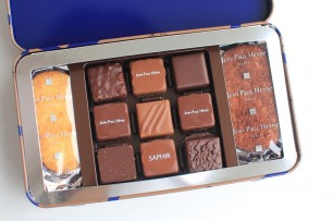 食感、味わいが最高のサブレ。裏にチョコレートがかかっているのもお気に入りの理由。