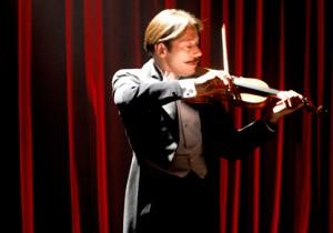 死を決意したバイオリニストの最期の8日間『チキンとプラム 』