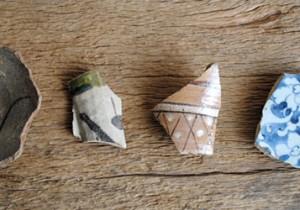 梵(ぼん)な道具を聴いてみる。 第十回小寒:陶片に心遊ばせるは、在りし日の気配を用美で補う寒の入り。