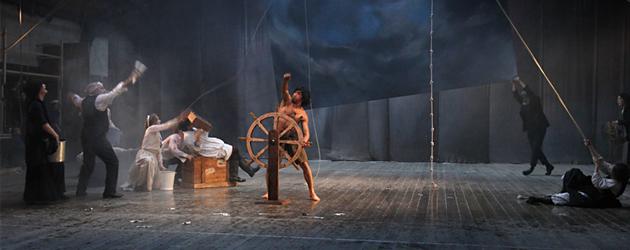 フランス現代演劇を代表する太陽劇団、'12年12月に台北公演。
