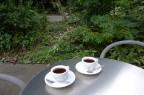 テラスで飲むコーヒーはひと味美味しい