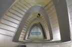 飛鳥時代までワープしそうな美術館の螺旋階段