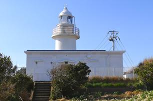 城ヶ島灯台 昔は灯台守が住んでいたのだろうか?