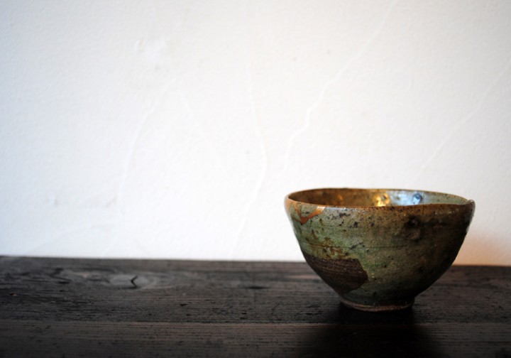 梵(ぼん)な道具を聴いてみる。 第十七回雨水:出会いの種蒔くこの季節、翡翠色の茶碗で一服いかが。