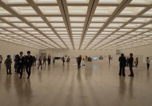 開放的な空間に様々な表現が混在 『文化庁メディア芸術祭』開催。