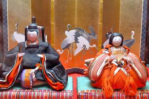 明治時代の次郎左衛門雛 女雛の高さは15cm 三井苞子旧蔵品
