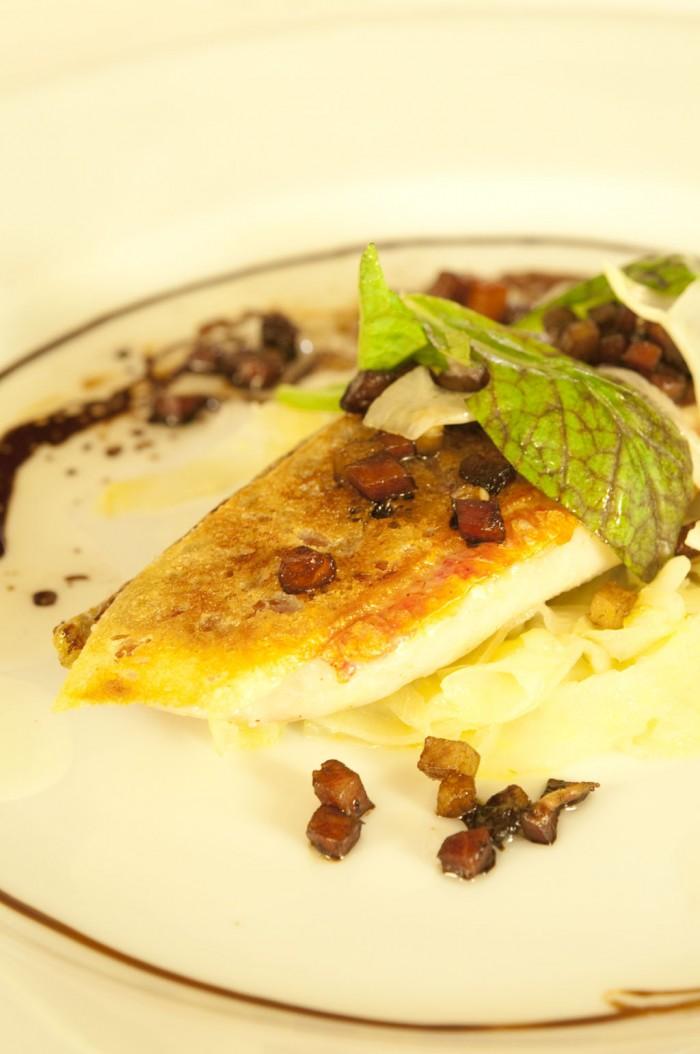 魚料理は、イトヨリのソテー、ビネグレット・ソース