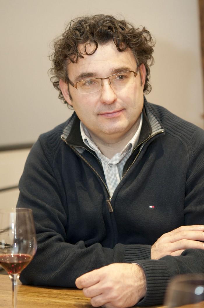 日本のフランス料理の繊細さに感動したというにフランソワ・シャヴリアさん。彼のワインも繊細なニュアンスを大切にしている
