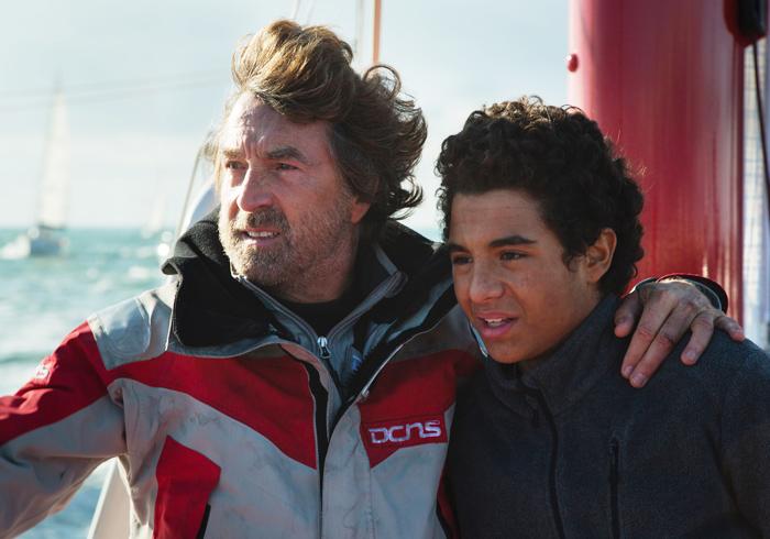 『ターニング・タイド 希望の海』© 2013 GAUMONT - LES FILMS DU CAP - TF1 FILMS PRODUCTION - SCOPE PICTURES - A CONTRACORRIENTE FILMS