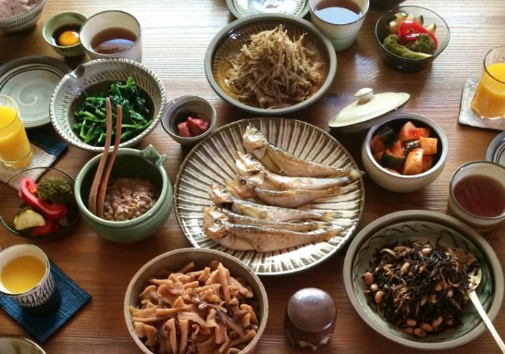 from芦屋 -7-caminoruta 「毎日つかう、おいしい器」展 vol.3食を彩る、掌から生まれた素朴で温かみのある器たち