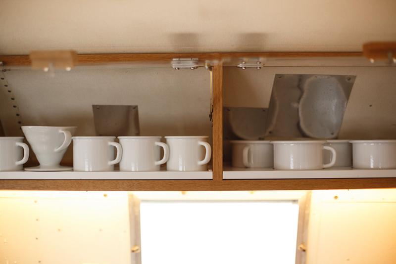 コーヒーカップはRIESSのホーロー製