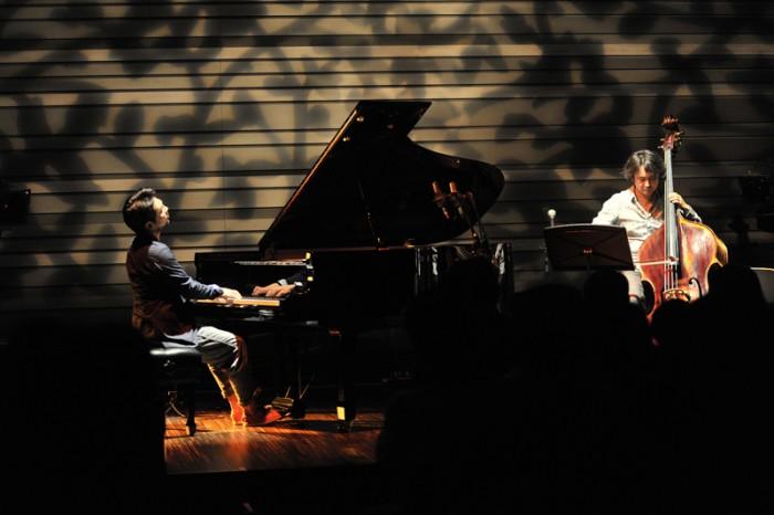 ピアノ林正樹さんとベース西嶋徹さん