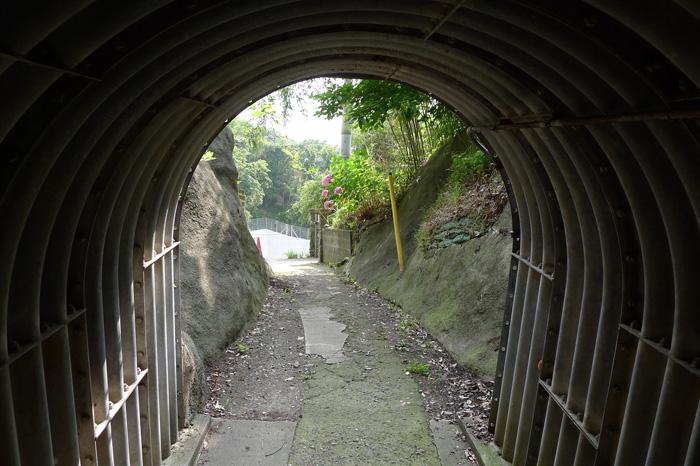 隧道(トンネル)の中は夏でもひんやり涼しい。