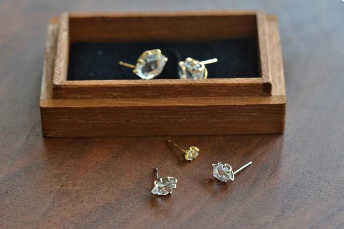 ハーキマーダイヤモンドピアス(S)、(M)、(L) K18  ¥47,520〜¥62,640(tax in)
