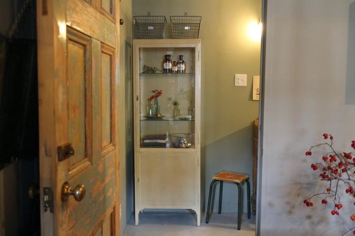 こちらはトイレ。お気に入りの小部屋のよう。