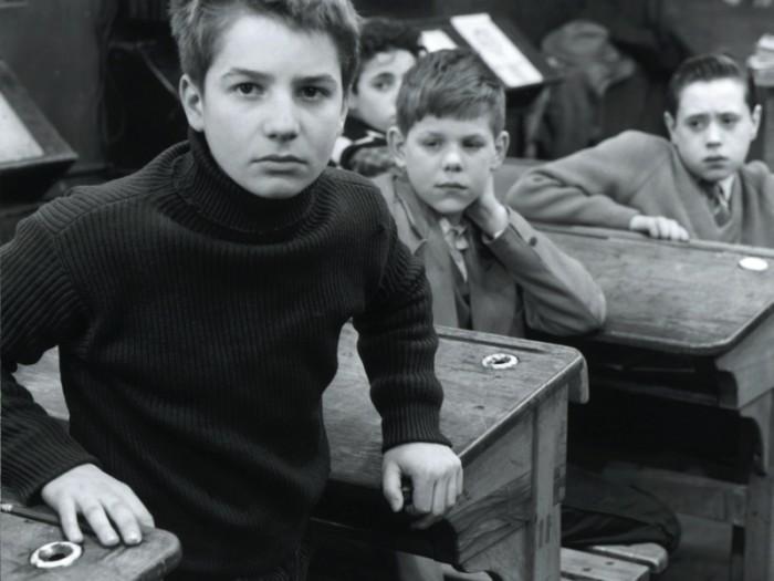 『大人は判ってくれない』 Les Quatre cents coups ジャン=ピエール・レオー、クレール・モーリエ、1959 / 99分 / モノクロ / デジタルリマスター © 1959 LES FILMS DU CARROSSE