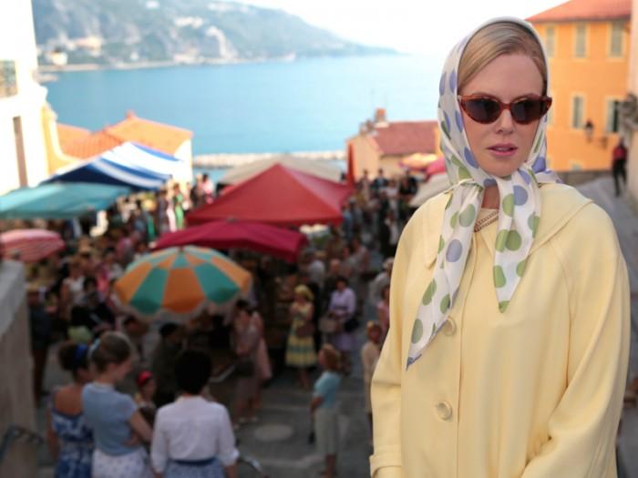 セレブリティの頂点に立ったグレース・ケリー(ニコール・キッドマン)と風光明媚な1950年代のモナコの風景をあたたかみのある映像で捉えていて新鮮。
