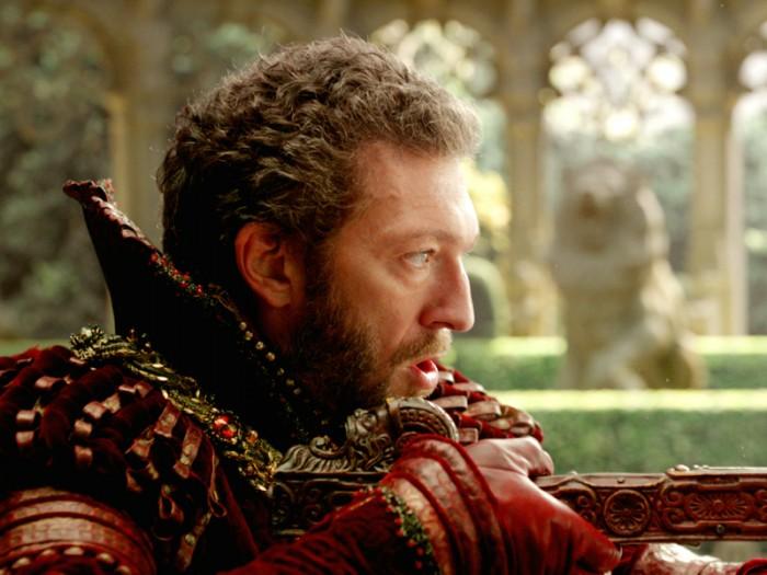 野獣/王子役は持てる野生というものをすべて投影したヴァンサン・カッセル。