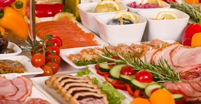 オーストリアは、有機農地率20&%とヨーロッパ一の自然な農法で知られており、肉も野菜もとびきり美味。