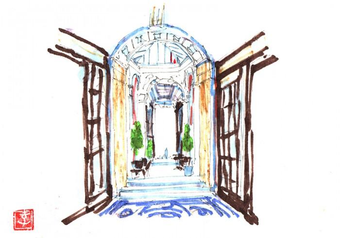パッサージュ『ギャラリー・ヴィヴィエンヌ』のエントランス。パリで一番美しいと言われるパッサージュの美しい天井と壁、床の風景です。