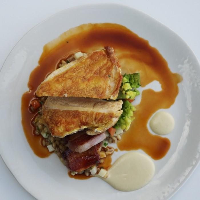 『ブループリント・カフェ』のおいしい料理。セットのマーケットランチメニューはは2皿18ポンド、3皿23ポンド。
