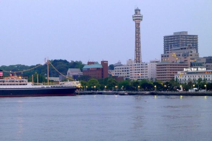 氷川丸、マリンタワー、ホテルニューグランド、横浜の三役そろい踏み