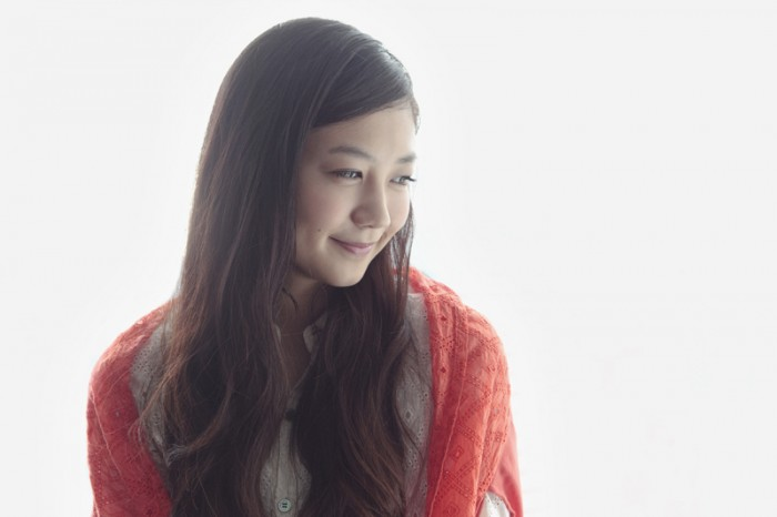 Stylist / 酒井タケル、Hair & make / 樋口あゆみ (CALM)、photos / 谷 康弘