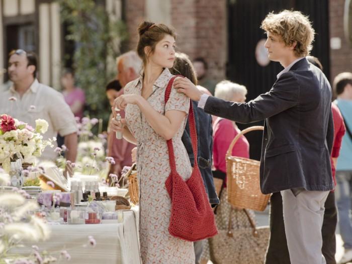 富豪の子息であるエルヴェと出会い、互いに一目で惹かれあう。エルヴェ役のニールス・シュナイダーは超美形。