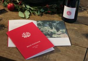 ワインと音楽をつなぐ『BEAU PAYSAGE Pinot Noir 2015』CDブック。