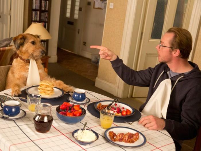 ニールがまず叶えた願いは、愛犬デニスを喋れるようにすること。ニールのことが大好きなデニスは、ナイス・ガイならぬナイス・ドッグなのだがあまりに欲望にストレートなのがタマにキズ。止まらぬの弾丸トークの声はあのロビン・ウィリアムズ。