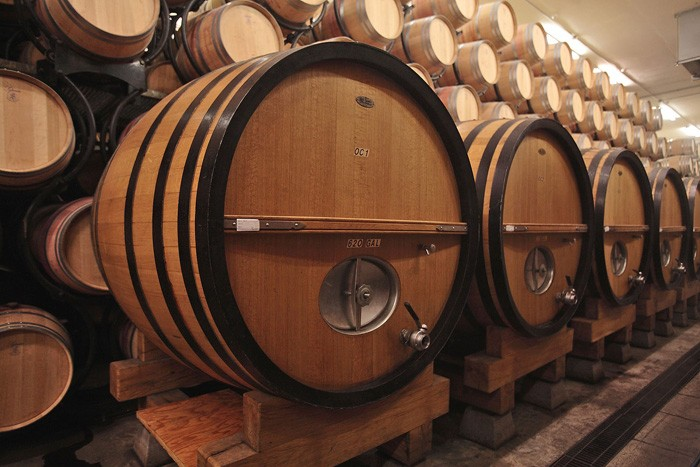 ジンファンデルはこの大樽で熟成される