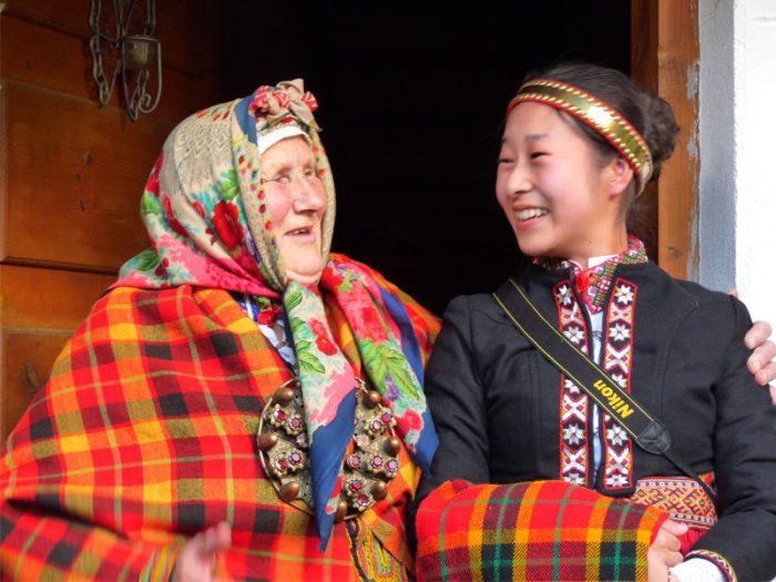 ラトビアに留学した大学生とおばあちゃんのドキュメンタリー『ルッチと宣江』(15)