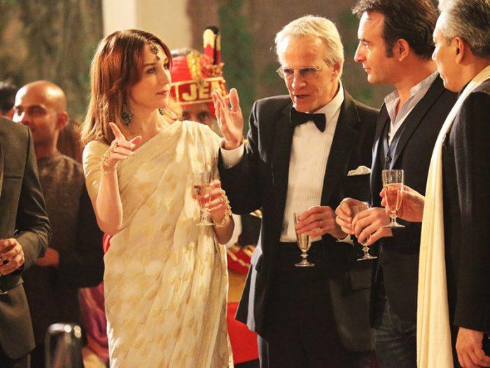 しかしアントワーヌにはピアノ演奏家の卵 アリス(アリス・ポル)、アンナにはフランス大使 サミュエル(クリストファー・ランバート)というパートナーがすでにいる。